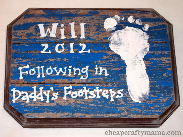 A Father's Day Footprint Plaque By Cheap Crafy Mama. Created with Mod Podge and FolkArt paint. #paint #fathersday #plaques #modpodge
