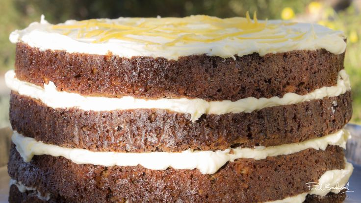Learn to bake this beautiful banana cake taught by mrs - Banana cake decoration ...