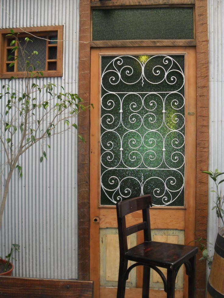 Puerta en el Cerro Alegre de Valparaíso