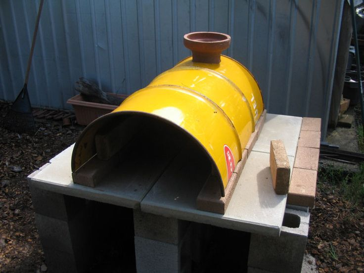 Saw this DIY pizza type oven from 44 gallon drum. Might try it see more at    http://www.fornobravo.com/forum/f21/44-gallon-drum-oven-5866.html