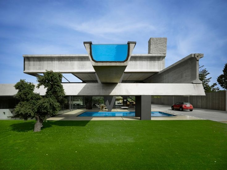 Ultra Contempory House with Cantilevered Infinity Pool: Swimming Pools, Favorite Places, Studios, Dream House, Architecture, Space