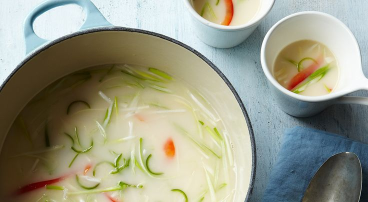 122 calories This tasty broth somehow manages to be both fresh and warming at the same time. Warning, this is quite hot and spicy, so if you don't like it too hot, use just one chilli. This broth s...