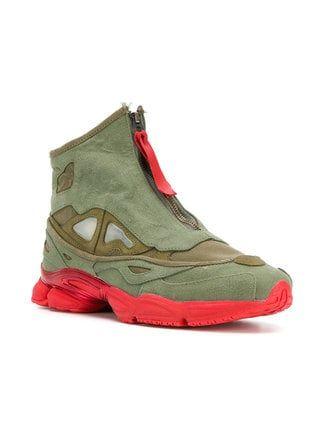 The Shoe Surgeon Farfetch x The Shoe Surgeon Raf Simons Ozweego sneakers 191a2b990