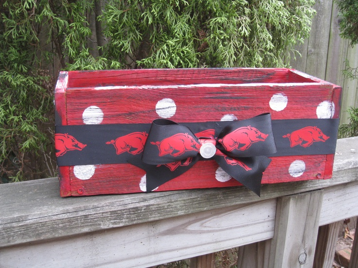 Arkansas Razorback box! Perfect for putting your tailgating essentials in!