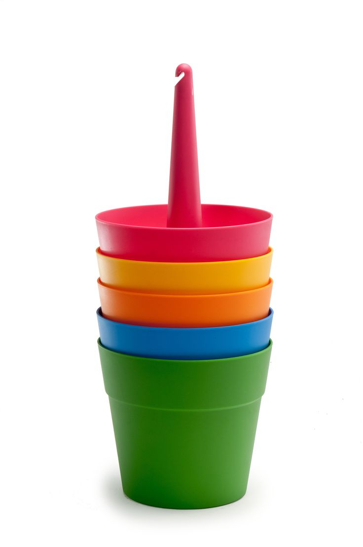 Материал: Пластик.              Бренд: Keter.              Стили: Скандинавский и минимализм.              Цвета: Желтый, Зеленый, Красный, Оранжевый, Синий.