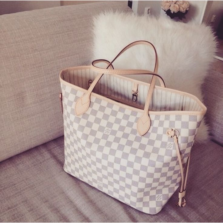 Louis Neverfull MM with white checkered&beige inside of brown checkered&beige/red inside.