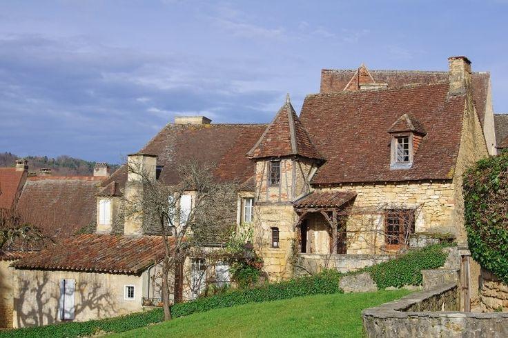 Sarlat et ses ruelles de caractère : Les villages de France les plus romantiques - Linternaute