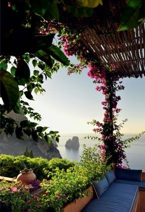 matteo thun / maison à capri , italia I want to have a glass of wine here and watch the world from this view.