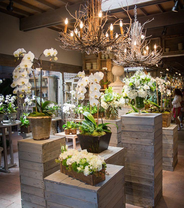 Best 25 Flower shops ideas on Pinterest  Flower wrap Flower market and Wrap flowers in paper