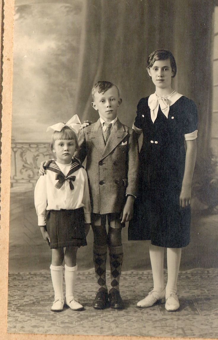 My mom on the left with her brother and sister - 1938-1939?
