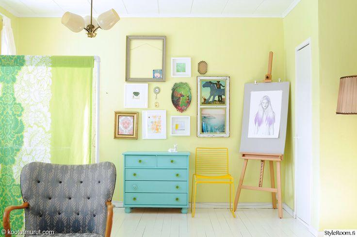 Vaaleita ja tummia pastellisävyjä yhdistämällä syntyy pirteä sisustus kevääksi #styleroom #pastellit #värikäs #sisustus #inspiroiva koti