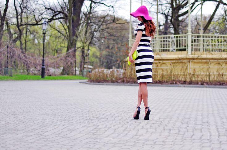 #bloggerstyle #polishblogger #fashion #outfit #dress #sandals #heels #highheels #black #white