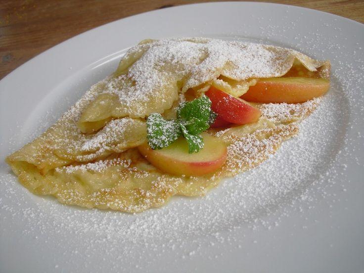 Crêpes, original französisch, ein leckeres Rezept aus der Kategorie Dessert. Bewertungen: 126. Durchschnitt: Ø 4,6.