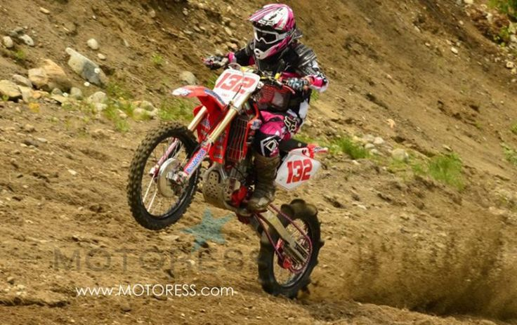 Molly Carbon Woman Pro Hillclimb Racer on MOTORESS