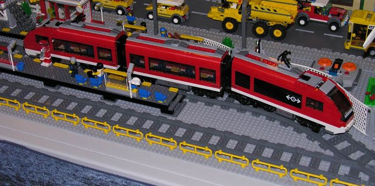 LEGO Airport Train   ... Lego 7938 Passenger Train railway Lego City 7938 Passenger Train