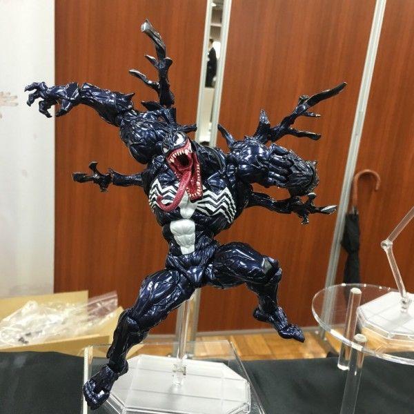 ToyzMag.com » Revoltech Venom – la prototype exposé