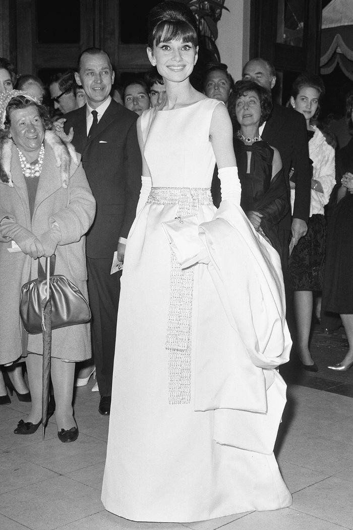 The Best Red Carpet Looks From Old Hollywood Hollywood Glamour Dress Old Hollywood Glamour Dresses Old Hollywood Fashion