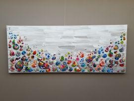 Barbacá - 200 x 80 x 4,5 cm; groot abstract doek in zeer bonte kleuren en met dik verf-gebruik en reliëf, als een bont koraalrif met kleurrijke vissen. Bij Taupe STUDIO Galerie in Den Bosch