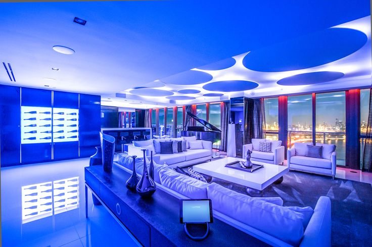 If you have a spare $19 million in the bank then this ultimate luxury Miami Beach party penthouse is the perfect way to spend it. When you have a party there remember me.The home has five bedrooms and five bathrooms and covers an area of 6,000 square feet – all the info is here. #interiorsdesign #decor