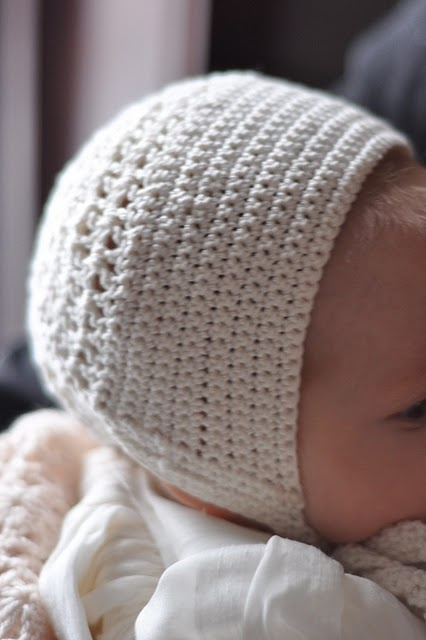 Crochet Baby Bonnet Pattern : 25+ best ideas about Crochet Baby Bonnet on Pinterest ...