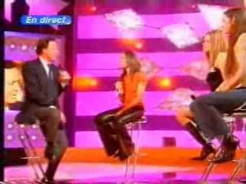 Julio Iglesias Live France TV Show    Il faut toujours un perdant  Je n'ai pas changé  Viens m'embrasser