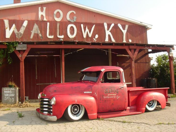 This Chevrolet 3100 is perfect. I love EVERYTHING about it.