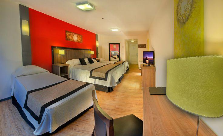 Habitaciu00f3n Superior Cuu00e1druple. : Hotel Pioneros, Bariloche ...