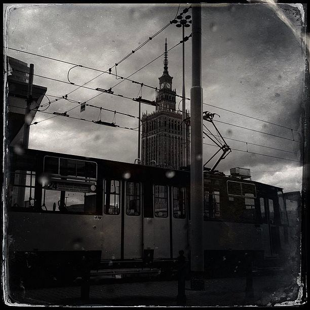 Photo by Barbara Gibson © All Rights Reserved #warsaw #warszawa #varsovie #my #city #love #barbaragibson #barbaragibsonphotography #warsaw #poland #streetphotography #projectstreetsofmycity