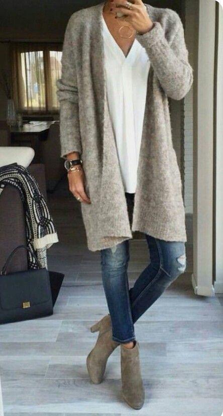 Liebe diesen grauen Pullover