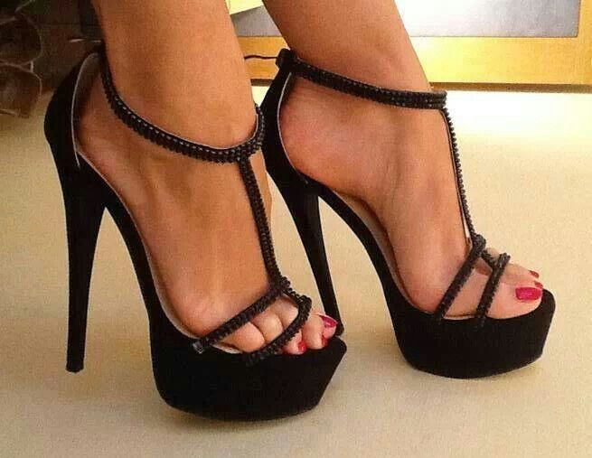 Classy Women And Sexy Toes 68