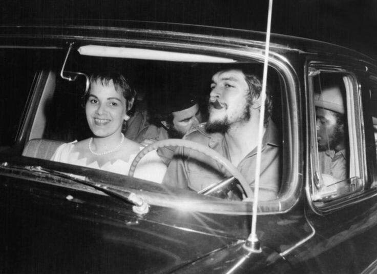 "Comandante Ernesto ""Che"" Guevara and Aleida March on their wedding day, June 2, 1959."