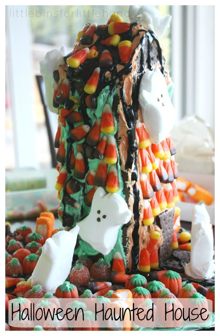 Edible Halloween Haunted House Building Activity. Simple to make  gingerbread house for halloween without using