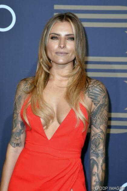 """News: Sophia Thomalla: Lässt sie sich ihre Tattoos entfernen? DIESES Foto sorgt für Spekulationen: Die Schauspielerin: """"Wir haben einiges zu tun"""" - http://ift.tt/2mALgdq #news"""