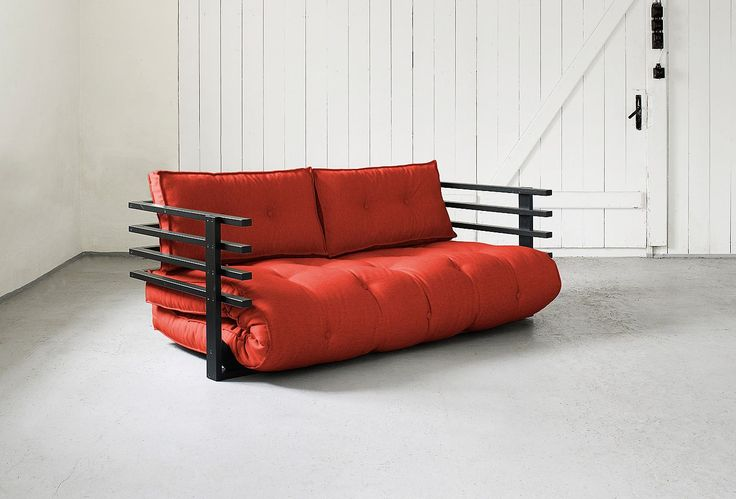 Ber ideen zu rote couchkissen auf pinterest rote for Rotes schlafsofa