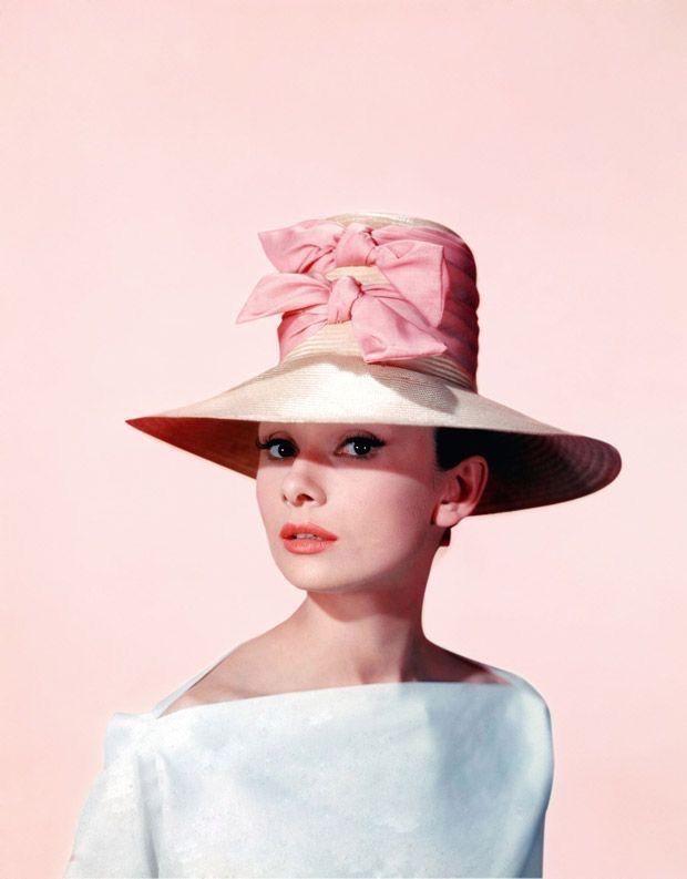 Mejores 82 imágenes de Audrey Hepburn en Pinterest   Desayuno en ...
