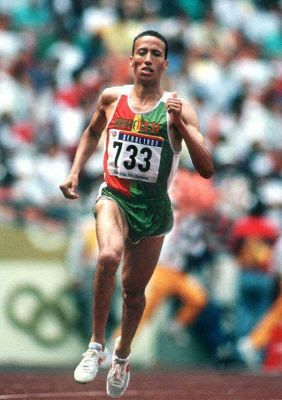 Said Aouita pictures | Picture of Saïd Aouita. OS guld 5.000 meter 1984 Los Angeles.