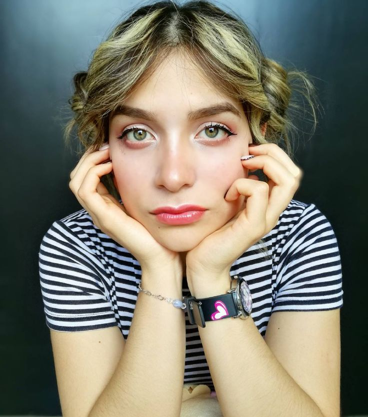 Dicen que parezco chiquita y consentida... Y tal vez es cierto�� . . . #venezuela #vzla  #greeneyes #ojazos #blonde #blondie #bangs #fringe #cute #kawaii #eyebrows #eyeliner #uljjang #ulzzang #makeup  #buns #hairup  #Tumblr #tumblrgirl #fairy #fairygirl #hairstyle #instagram_faces #portraitmood #portrait #portrait_vision #photography http://ameritrustshield.com/ipost/1547479396028345771/?code=BV5wE_RgW2r