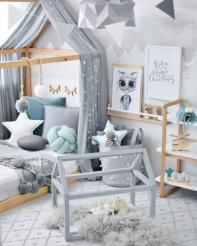 Hudson's room has changed since we last featured it on Kids Interiors..You might remember the Nordic Wilderness Boy's Room that was one of our top finalists for the Best of Kids Interiors 2017 ? Tell us what you think of it now ! We love it this way too of course  Thanks @hudson_and_harlow for your inspiring styling  Tap for sources #kidsinteriors_com - - - - #kidsinteriors #kidsinterior #kidsroom #childrensroom #boysroom #boysdecor #kidsdecor #decorforkids #barnerom #barnrumsinspo…
