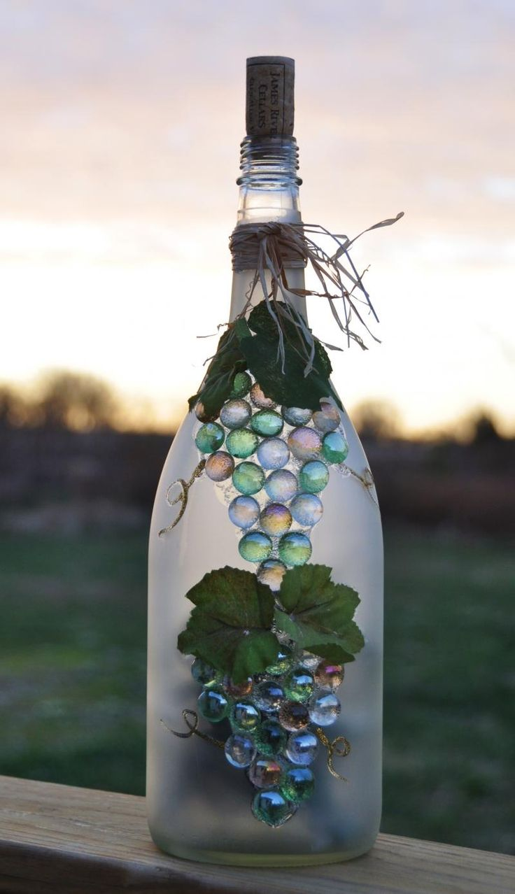 582 best images about i 39 ve lost my marbles for Wine bottle arts and crafts