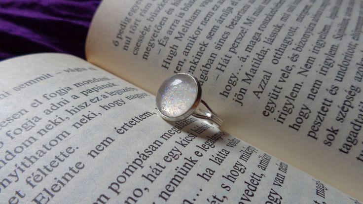 Silver glitter ring   More pictures - http://my-p-project.blogspot.hu/2014/03/praktika-csillamos-gyuruk.html Visit my blog! - my-p-project.blogspot.hu Like me on Facebook! - www.facebook.com/blitheproject