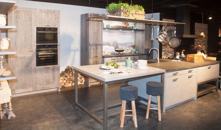 25 beste idee n over oude gootsteen op pinterest oude wastafel rustieke badkamers en - Oude keuken wastafel ...