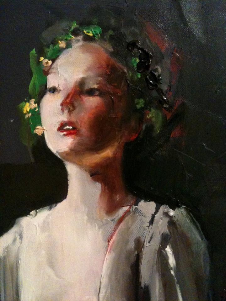 Fanny Nushka Moreaux n ació en Lille (Francia) en 1983. Estudió en la Escuela de Estudios Superiores de Comercio, finalizando en 2010....