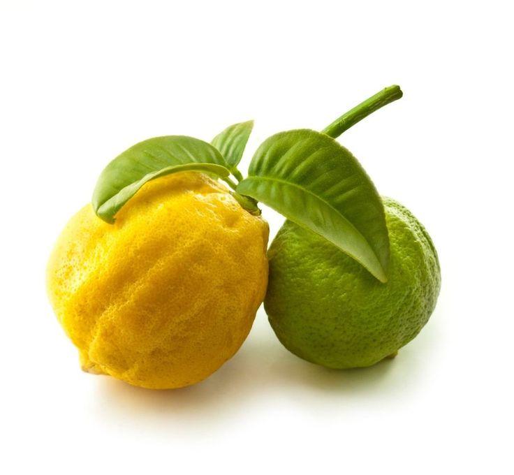 Do čaje v zimě a v létě do vody - trocha šťávy z citrónu dělá divy s chutí i s našim zdravím. Ale užitečný je i ten zbytek: Kůru a bílou dužinu nevyhazujte a nechte ji pracovat ve váš prospěch.