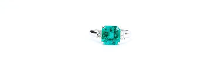 #Emerald #Diamond #Rings #White Gold  Rings | Cesareo Jewellers