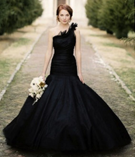 17  images about Czarne Suknie Ślubne/ Black Wedding Gowns on ...