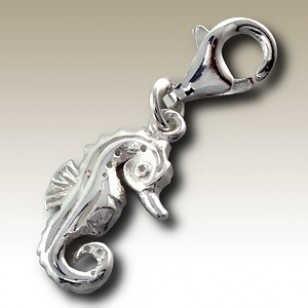 alisilverjewellery.com Seahorse charm with lobster - finishing: Sterling silver+E-coat - size: 0.9x1.3cm.