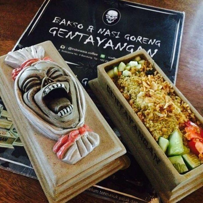 Nasi Goreng Gentayangan Sajian Seram dan Unik di Bandung - Kuliner Bandung