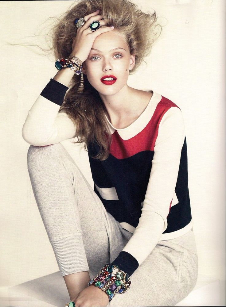 Frida Gustavsson  by Andreas Sjodin