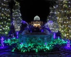 In Richmond,Dominion GardenFest Of Lightsat Lewis Ginter Botanical Garden is a a tradition featuringhalf-a-million lights, botanical decorations, trains, family activitiesand more. You won't want to miss the19-foot tall decorated tree, model trains and fairy houses or thefire pit for toasting s'mores. It all kicks off November 23 and runs through January 7.  via @Virginia Kraljevic is for Lovers