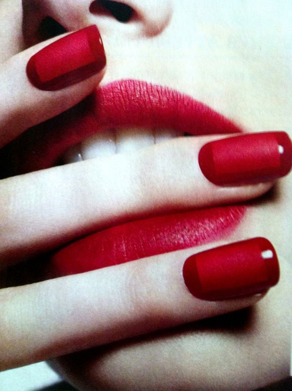 Red Matte Box /Nails.